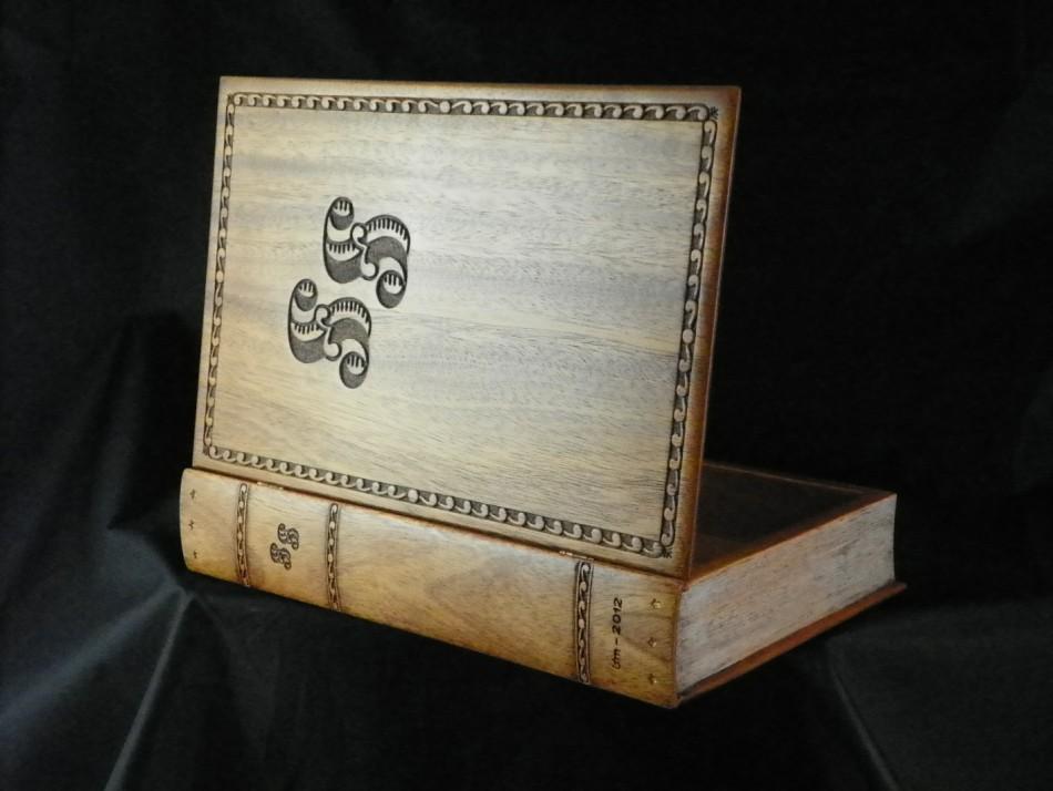 book-box-18